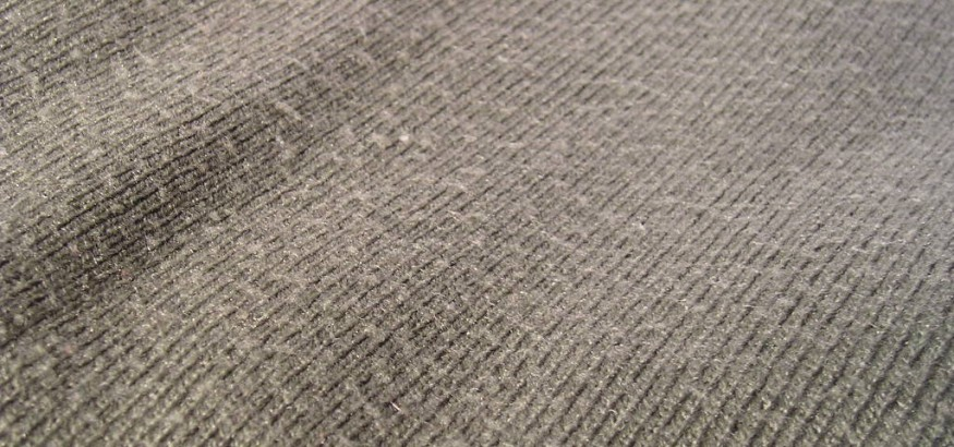 Pilling on surface of clothing