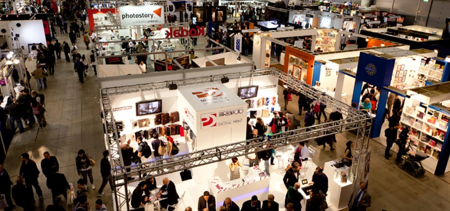 Selecting the best tradeshow gift is essential to customer experience